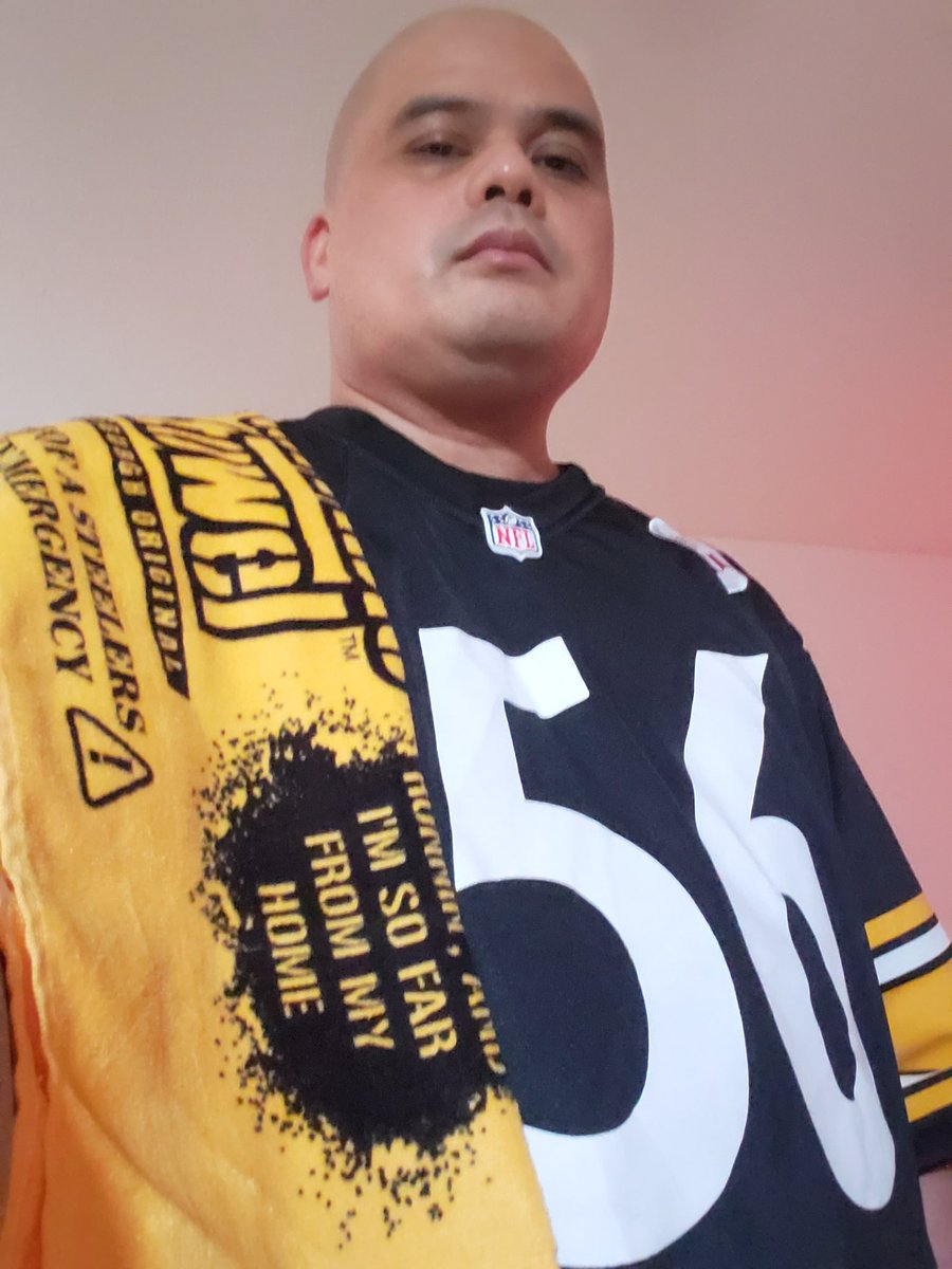 """@TheMicDr NO FILTERS HERE!!! ONE UGLY """"MFs"""" here is what you get 💯 🤣 HOMIES? 😂🤣 LET'S GOOOOO!!! #HEREWEGO #SNUPROUD #STAIRWAYTOSEVEN 🖤💛💯❤🏈🔥🙏🇺🇸"""