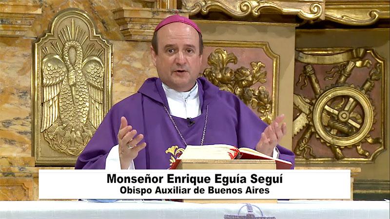 Ya comienza | #SantaMisa desde  la Capilla de Ntra. Sra. de los Dolores de la @CatedraldeBsAs  Miércoles 3 de marzo  ARG 19:00h | GMT 22:00h  Te invitamos a participar en:  ó en   #NuestraMisa  #Cuaresma #TiempodeCuaresma @arzbaires