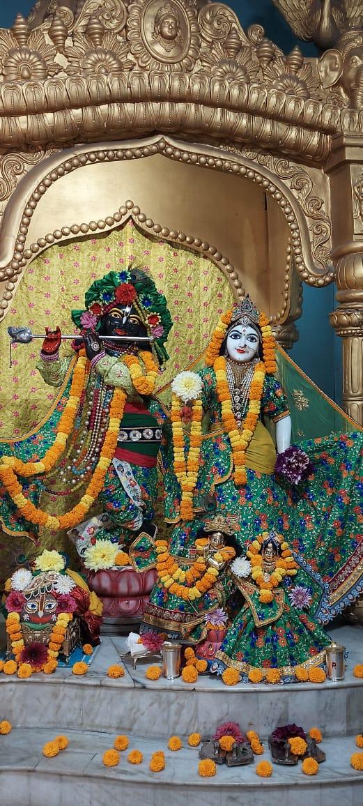 🌸🌹Greetings from #ISKCONHabibpur🌹🌸 Today's Special Darshans of Sri Sri Radha Madhav, Jagannath Baladev Subhadra, Gaura-Nitai and Srila Prabhupada 🙏Hare Krishna🙏 3/3/2021 #Top #beautiful #Darshan #Prabhupada125 #SanatanDharma #wednesdaythought #March3rd #God