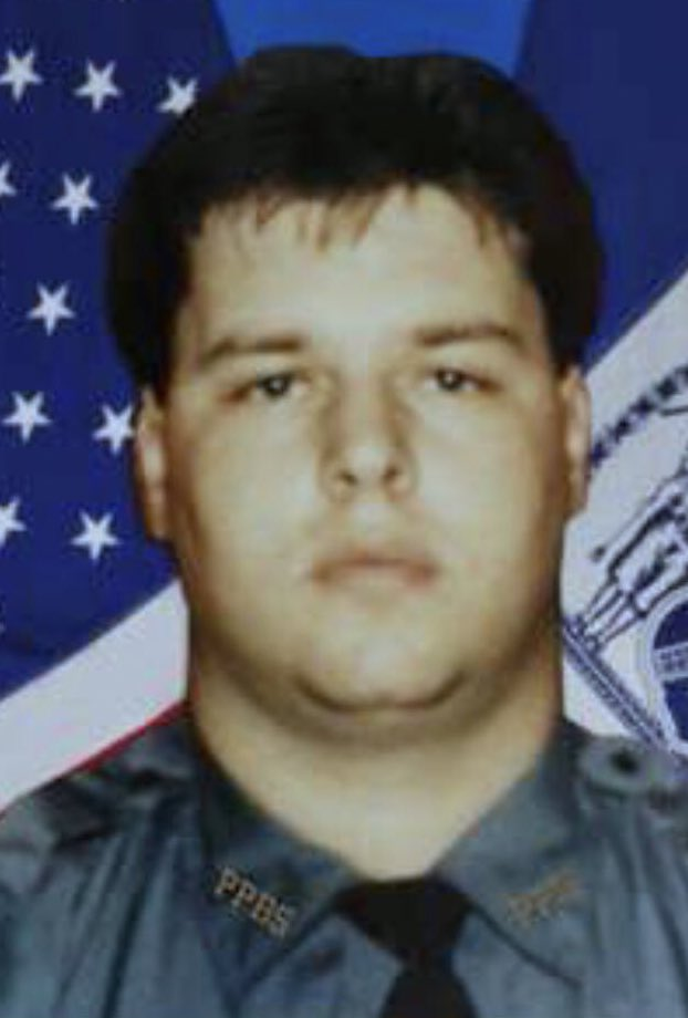 We will #neverforget @NYPDBklynSouth Task Force Anti-Crime Police Officer Robert E. Machate who was shot and killed in the line of duty in 1989. May he rest in eternal peace.