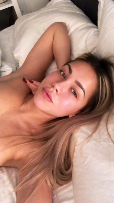 Imagine waking up in bed next to me 💕 get my fleshlight and feel a little closer to me 😜 https://t.co/xstwsbggG4