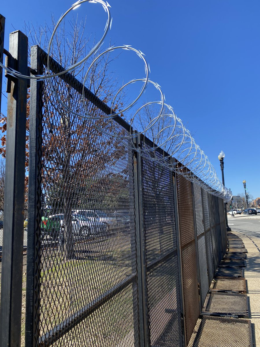 I walked around the U.S. Capitol complex today and took this picture of the razor wire atop the 7 foot fence. Security remains intense as officials say they continue to monitor possible attacks on the Capitol. https://t.co/ttyMj6HKR7