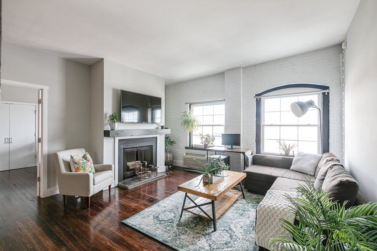 Just Listed //  This classically restored top-level condominium in Old City offers plenty of original character with exposed brick, hardwood floors, and a wood-burning fireplace. Contact @kaykaymcgrath for more details!  #realestate #philadelphia #oldcity