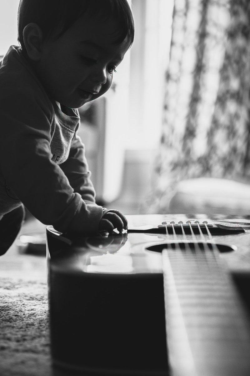 Alexa play Carlos Santana ft Wyclef Jean😂  Vehement Vision #vehementvision #canonfavpic #art #portrait #Detroit #photographyislife #photographer #photography #Visual #beautiful #love #life #fun #boutiquephotographer #Michigan #familyportrait #familyphotographer