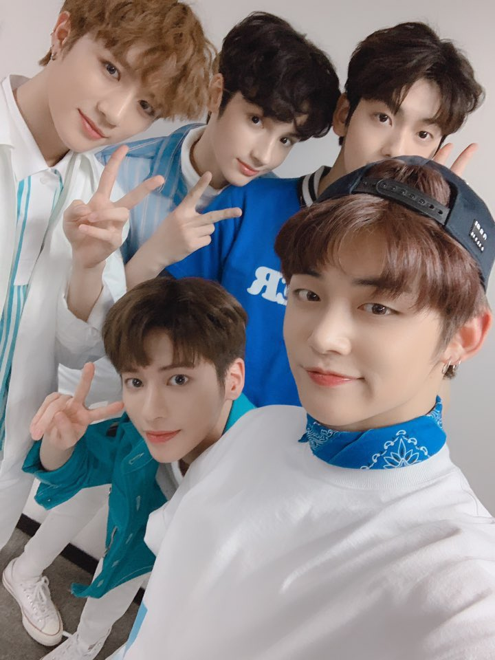 2 YEARS WITH TXT