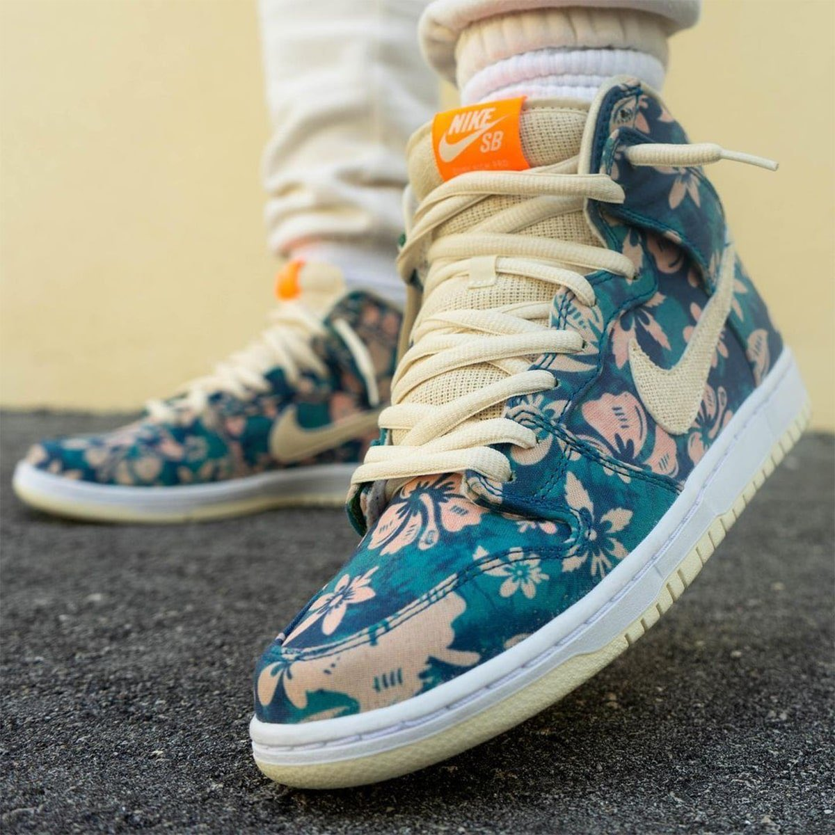 """Nike SB has a """"Hawaii"""" Dunk High coming in this year. 🌺🏝"""