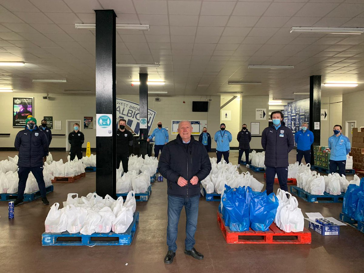 """It was an honour to have club legend Tony """"Bomber"""" Brown, visit our food distribution centre. ⚽  Another 450 families receiving food parcels today. 👍  @WBA   @WbaFormer   @PLCommunities"""