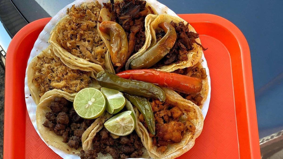 When you can't decide what to order 🤤 🌮  #OneofEverything  #TaqueriaHoy #Open24Hours #Authentic #OrangeCounty #Taqueria #Taco #Asada #TheOC #Burrito #AlPastor #MexIcanAmerican #Jalisco #Arandas #Dtsa #SantaAna #Orange #Anaheim #Tustin #Lunch #Dinner #SmileHoy https://t.co/3OImV4CNV6