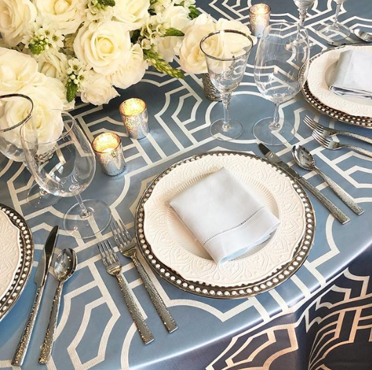 Planning a future #event? With DAHLIA #dinnerware on your #tabletop the #dining experience can be magical !😲  #platinggoals #porcelain #tablesetting #tablescape #hospitality #host #lifestyle #tweegram #instagood #stylish