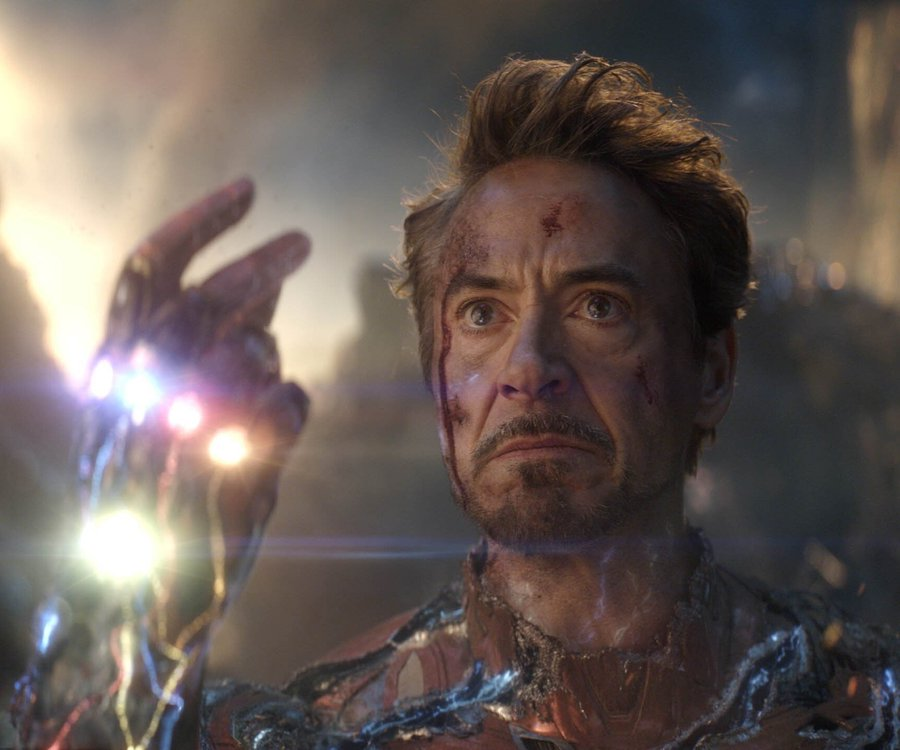 """Kevin Feige said 'Logan' influenced Tony Stark's death in 'Endgame'  """"[We saw] that film and went, 'oh my god, what an amazing ending for Hugh as this character' ... And that's what we desperately wanted to give Robert, and that was what our focus was on"""""""