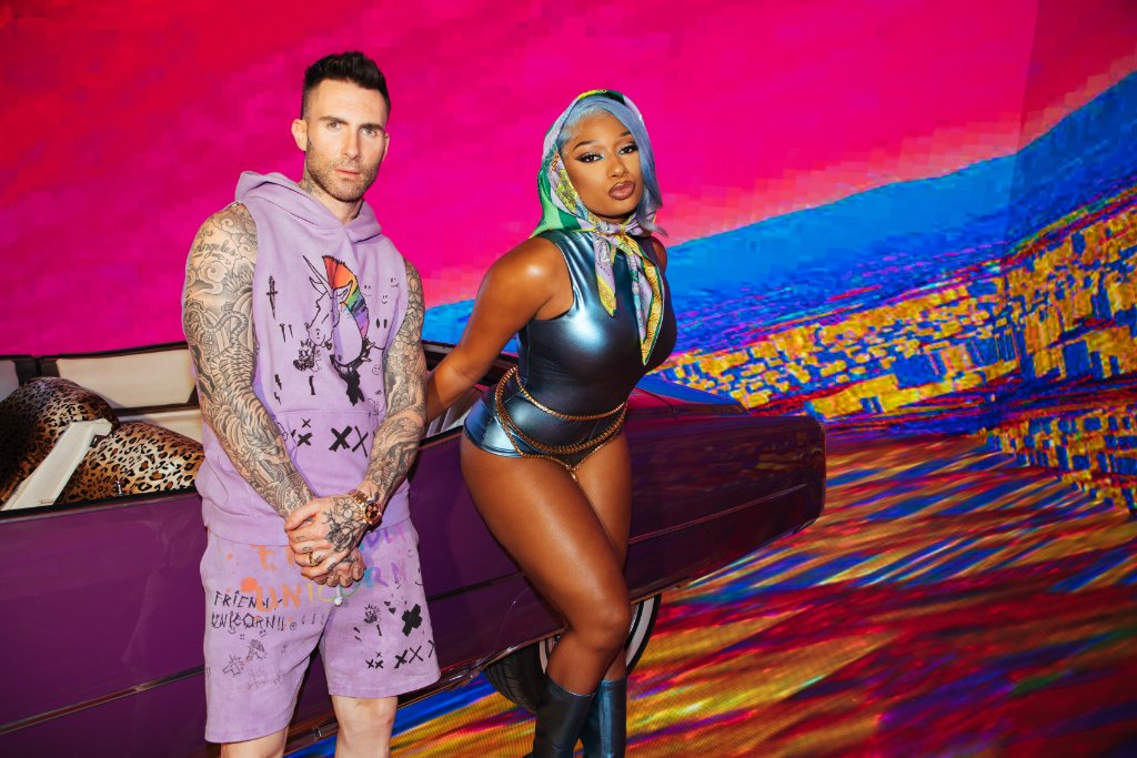 """.@maroon5 and @theestallion team up for 🔥 new song """"Beautiful Mistakes"""" ✨  Press play on Amazon Music, and let us know what you think! 🎧:"""