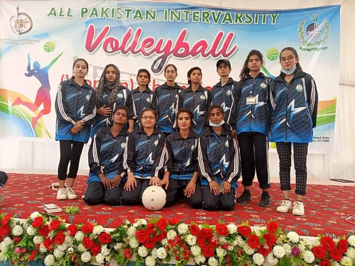 Congratulations! KFUEIT Girls volleyball team won its first match against Superior University Lahore in alll Pakistan interversity volleyball women championship at Sheikh Ayaz University Shikarpur. (Directorate of Sports) #KFUEIT https://t.co/CrNMuo6Kck