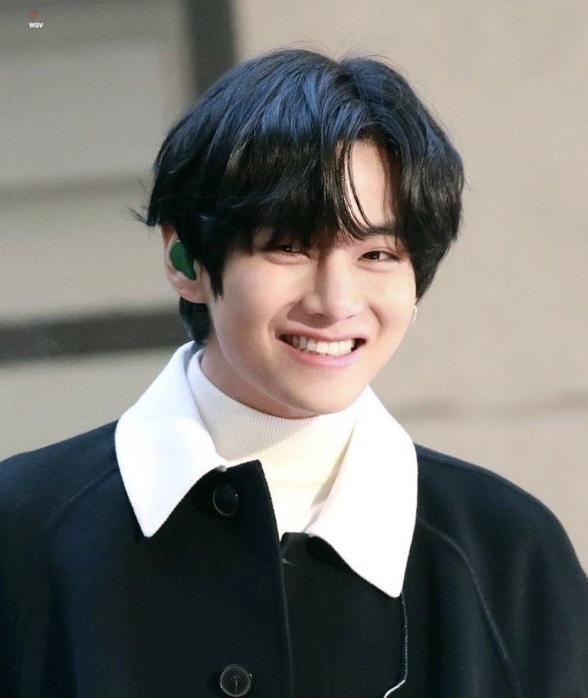 @KTH_Facts #ProudOfYouTaehyung #CongratulationsTaehyung