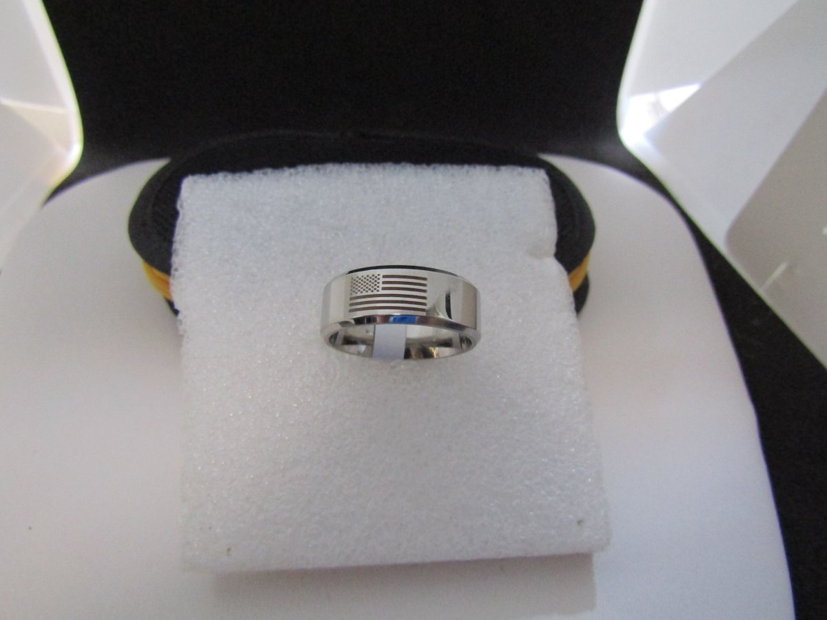 American Flag stainless steel ring - US size 9    #ring #StainlessSteel #silver #americanflag #american #usa #band #wedding #round #jw #new #fashion #jewelry #grailed #paypal #freeshipping #shopsmall #boho #party