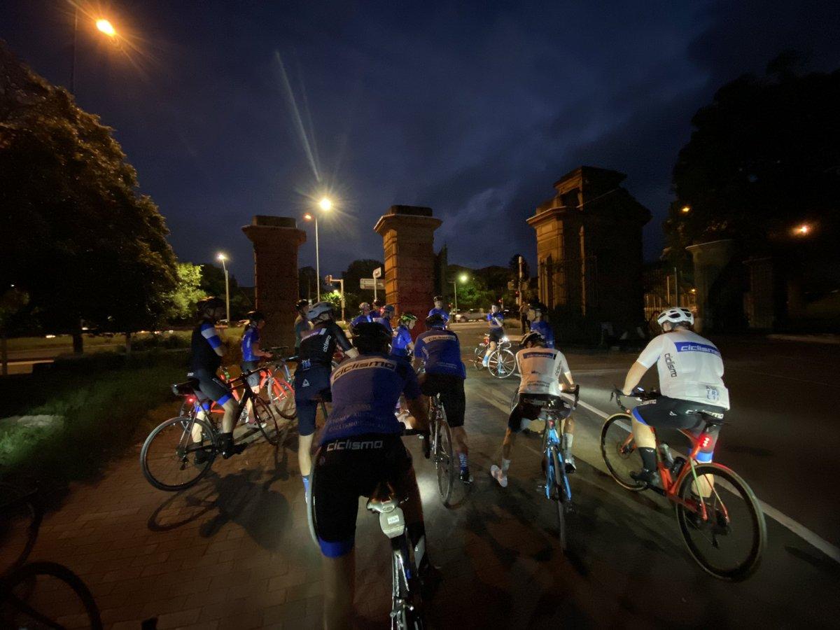 #tomorrowwillbeagoodday #FridayMotivation #EarlyRisersClub 🚴🏿♂️🚴♀️🚴🏿♂️🚴♀️🚴🏿♂️🚴♀️🚴🏿♂️🚴♀️🚴♀️🚴♀️🚴🏿♂️🚴♀️ #Training #cycling 👍