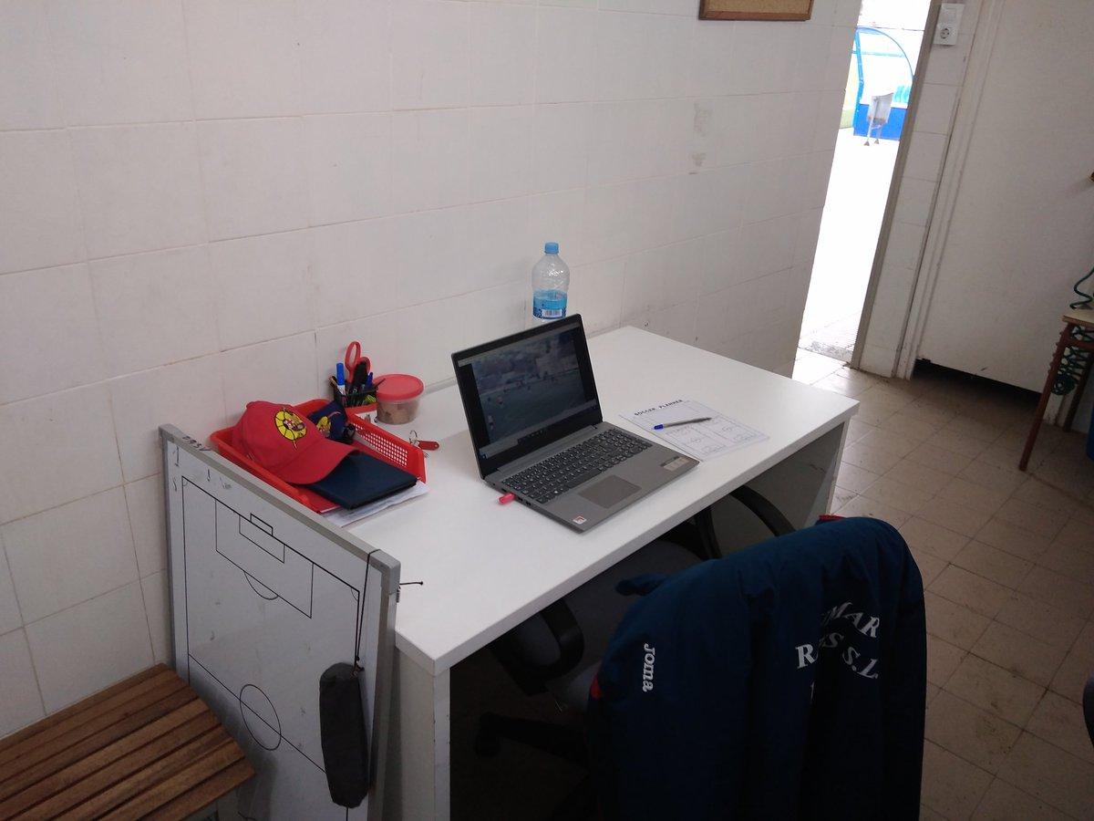 Nuevo rincón de trabajo! #work #futbol #nonstop