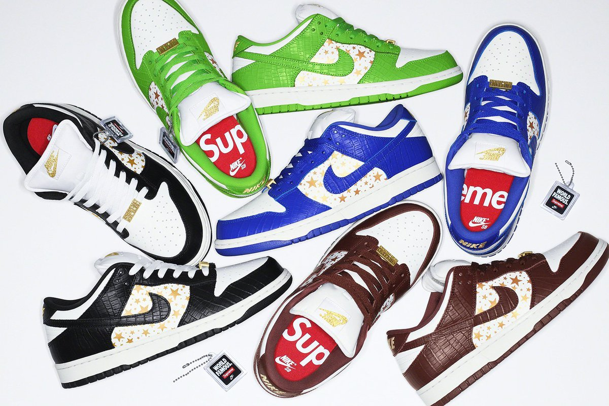 Live in 1 hour: Nike SB x Supreme Dunk Low