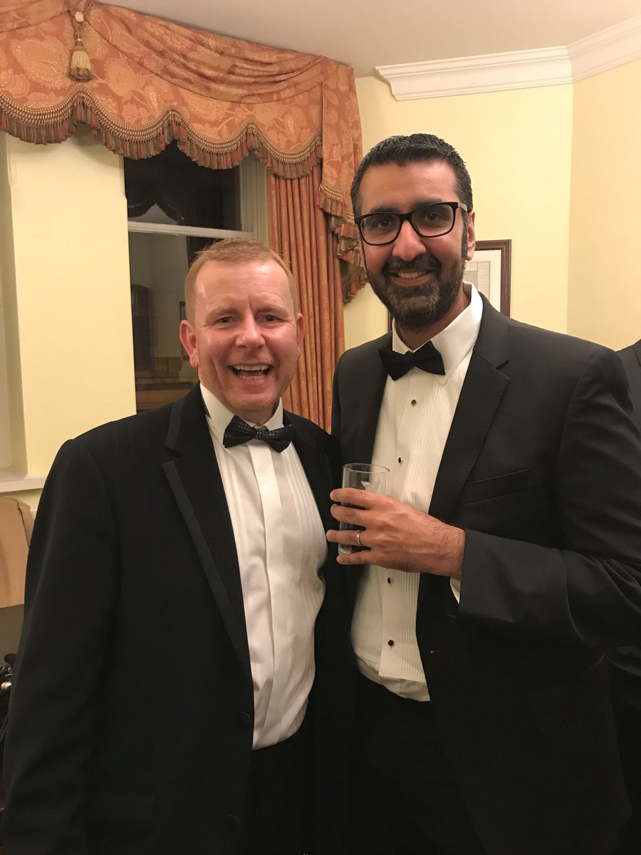 #ThrowbackThursday to when the boss had the pleasure to meet local author @aadhand If you like some gritty fiction, set in places you'll recognise; give his books a try!  #ThursdayThoughts #expertadvice #MortgageAdviceBureau #Bingley #Bradford #read #books #WorldBookDay2021