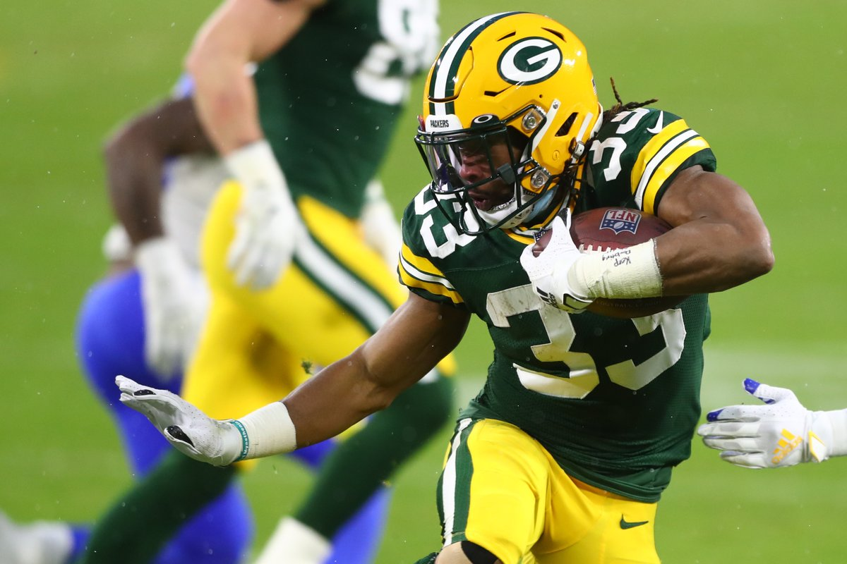 To Tag or Not to Tag: That Is the Question on Aaron Jones  #Packers #GoPackGo