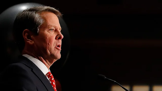 """Kemp says he'd """"absolutely"""" back Trump as 2024 nominee https://t.co/mrZTPD5DBu https://t.co/WHbbuPGWuy"""
