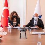 Image for the Tweet beginning: İzmir'de yaşayan herkesin oturduğu binaya