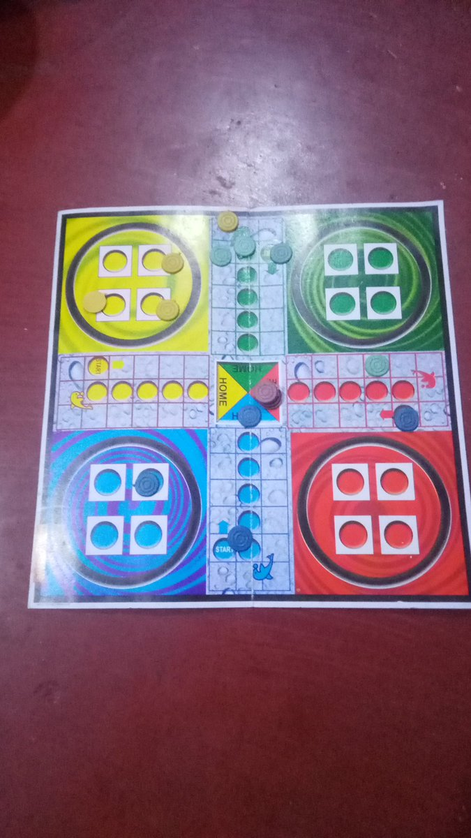 #ludo Playing with @itzNisha7 (Red coin) Aluthu Aluthu Red win panna pothu 😤   ° #MasterRaidInMalaysia °  #Master • #Thalapathy65 • #Tharsh • #LPTTrends • #SLVFC   #Cobra • #Kurup