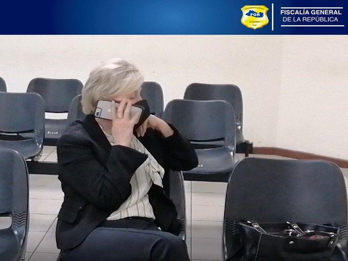 """Fiscalía pide detención provisional de Ana Ligia de Saca por """"peligro de fuga"""""""