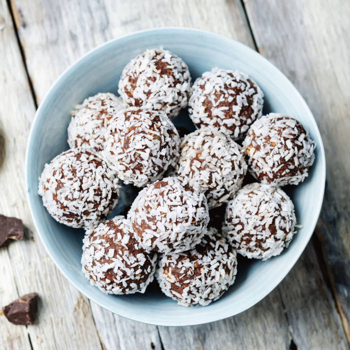 If you want to get an idea of how nervous I am about tonight's episode of Critical Role: I had the sudden desire to make Swedish chocolate balls. I need nostalgic comfort snacks during these trying times!   #CriticalRoleSpoilers #CriticalRole