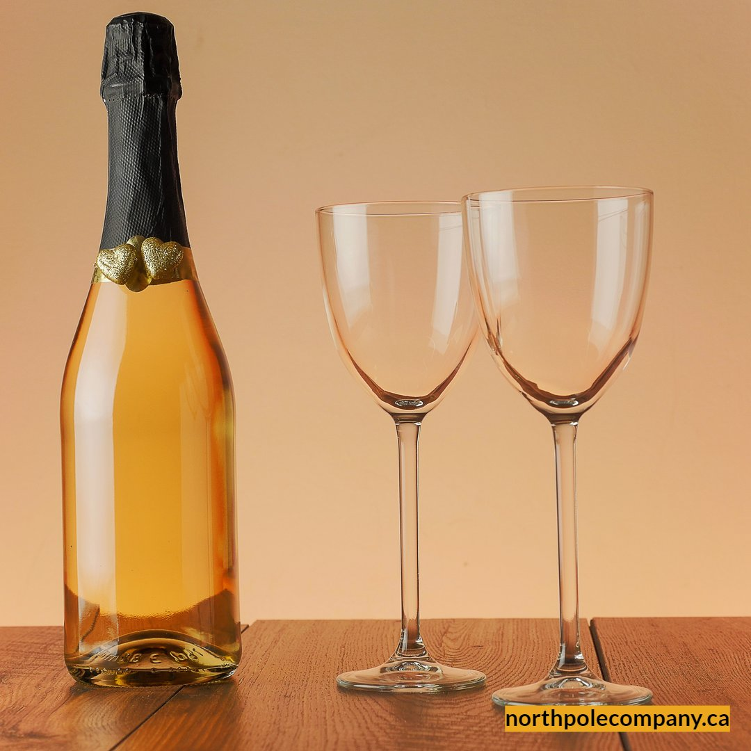 Turn any occasion into a celebration with a gift from North Pole Company. 🥃🍾🥂  Hurry! Shop now! 🎁    #northpolecompany #thursdaythoughts #champagne  #specialgifts #liquorbaskets #chocolates #alcohol #liquidstore #giftbox #party #usa #canada