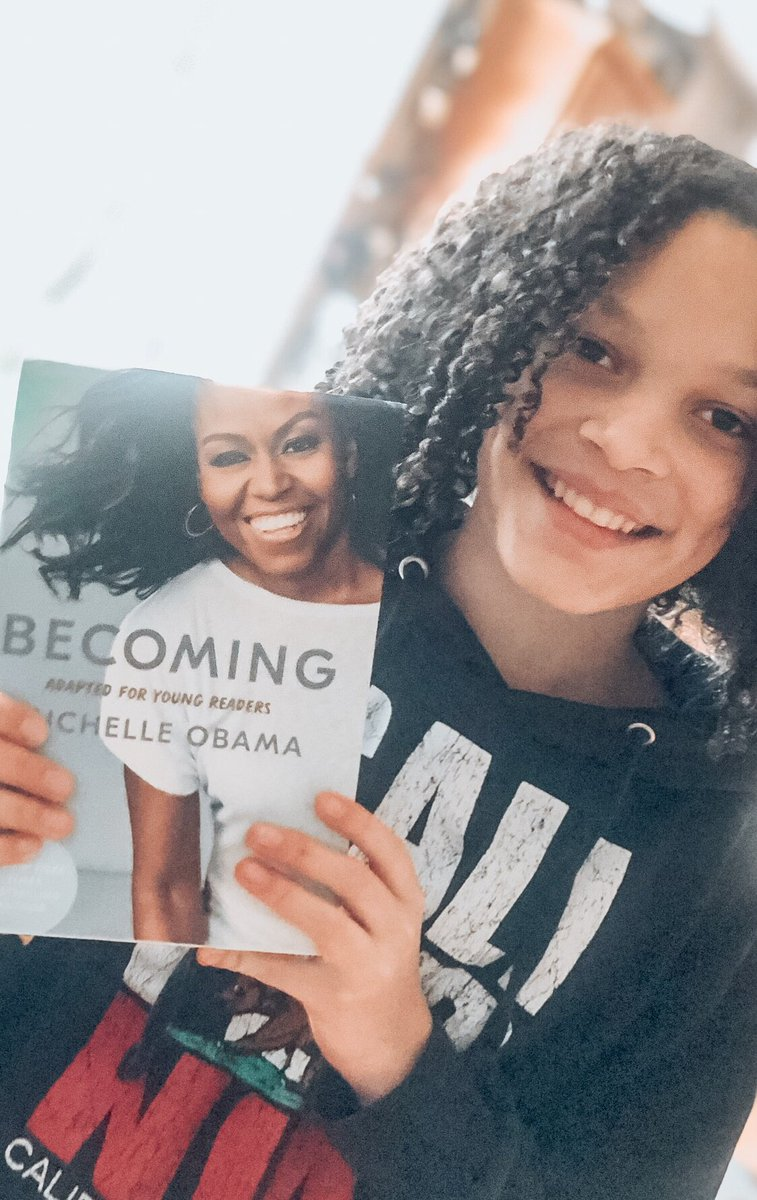 @MichelleObama This young lady is Becoming! She's excited to get started on this journey and open to receiving all of the learning and wisdom contained inside. #IAmBecoming 📖👧🏻