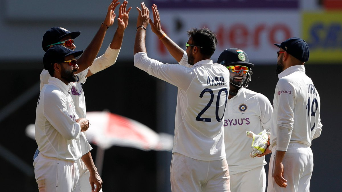 Once upon a time in India there was a man called @akshar2026, he played his debut test against England and eventually he became a legend #INDvsENG @BCCI @ICC @imVkohli @KP24