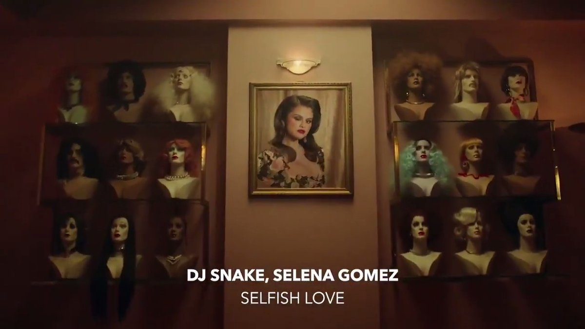 ".@selenagomez's hair salon goes haywire in ""Selfish Love"" 💇‍♀️💆‍♂️Watch the wild video with the @djsnake beat off her upcoming album 'Revelación' 🔊 ⠀⠀⠀⠀⠀⠀⠀⠀⠀ ▶️"