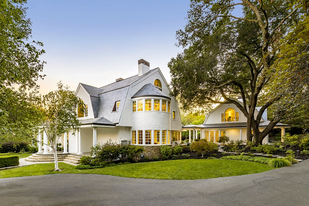 Check out our blog for more information on our LHM San Francisco's East Bay Area Issue 8.1 front cover home!    #luxuryhomemagazine #luxuryhomes #luxuryrealtor #luxuryrealestate #luxury #home #architecture #design #inspiration #magazine #blog #california