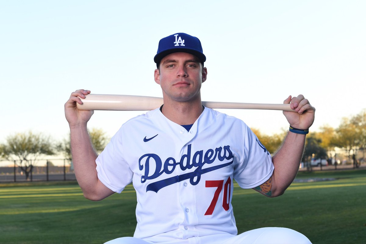 I simp hard for Dodgers prospect DJ Peters. This man's forearms are bigger than my thighs 😳