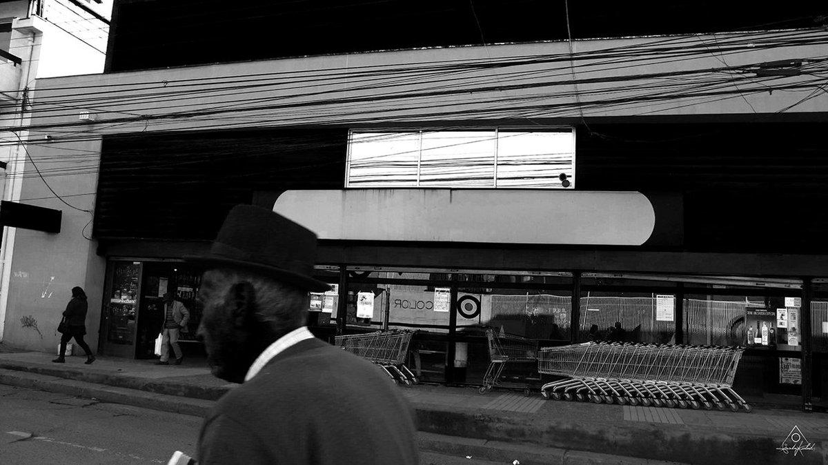 A PERCENTAGE OF THE TOTAL ENERGY [©LeonardoKubrick]   #photos #fotos #photographer #fotógrafo #photography #fotografía #cameraman #foto #photo #photograph #leonardo #kubrick #leonardokubrick #oldman #anciano #hat #sombrero #blackandwhite #blancoynegro