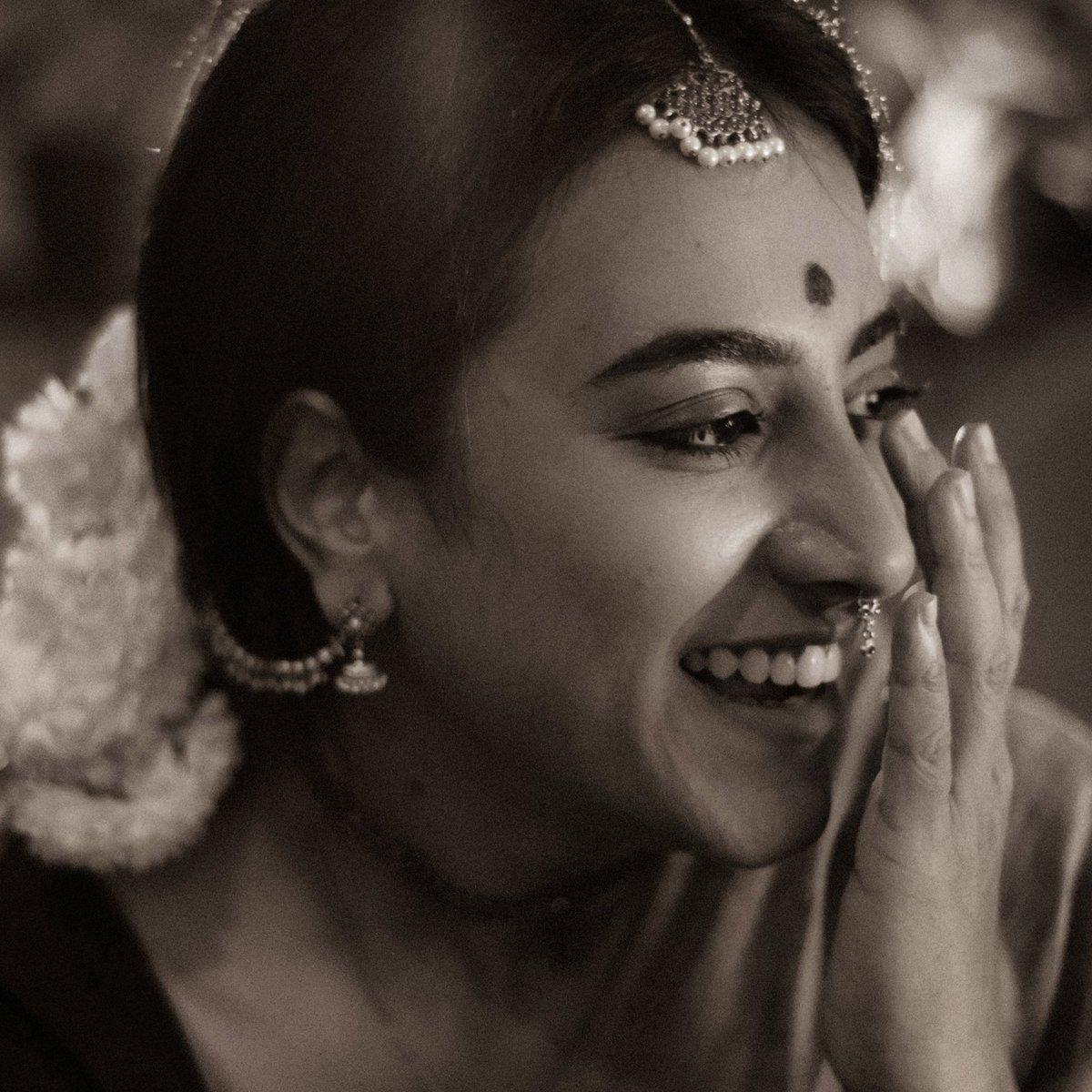 அவள். . . . #her #vintage #classic #indian #saree #draping #indianfashion #80s #love #portrait #portraitindia #andhastudios #blackandwhite #sepia #tamil #photographer #jewellery #actor #tamil #Bengaluru #beautiful #blackandwhitephotography #90s