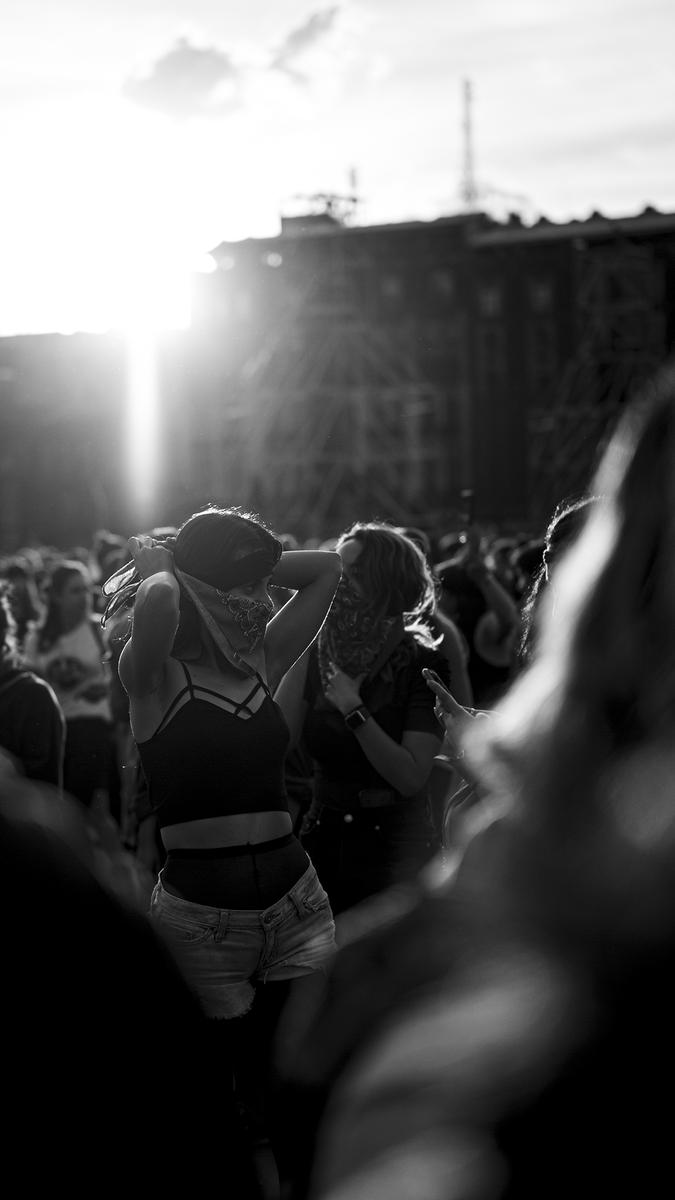 •03•2019  #mexico #mexicocity #cdmx #tbt🔙📸 #retrato #retratosmx #portrait #portraitphotography #8m #8marzo #blackandwhite #blackandwhitephotography #blancoynegro #fotoblancoynegro #documental #documentaryphotography #feminismo #bokeh #bokehphotography #mujer #mujermexicana