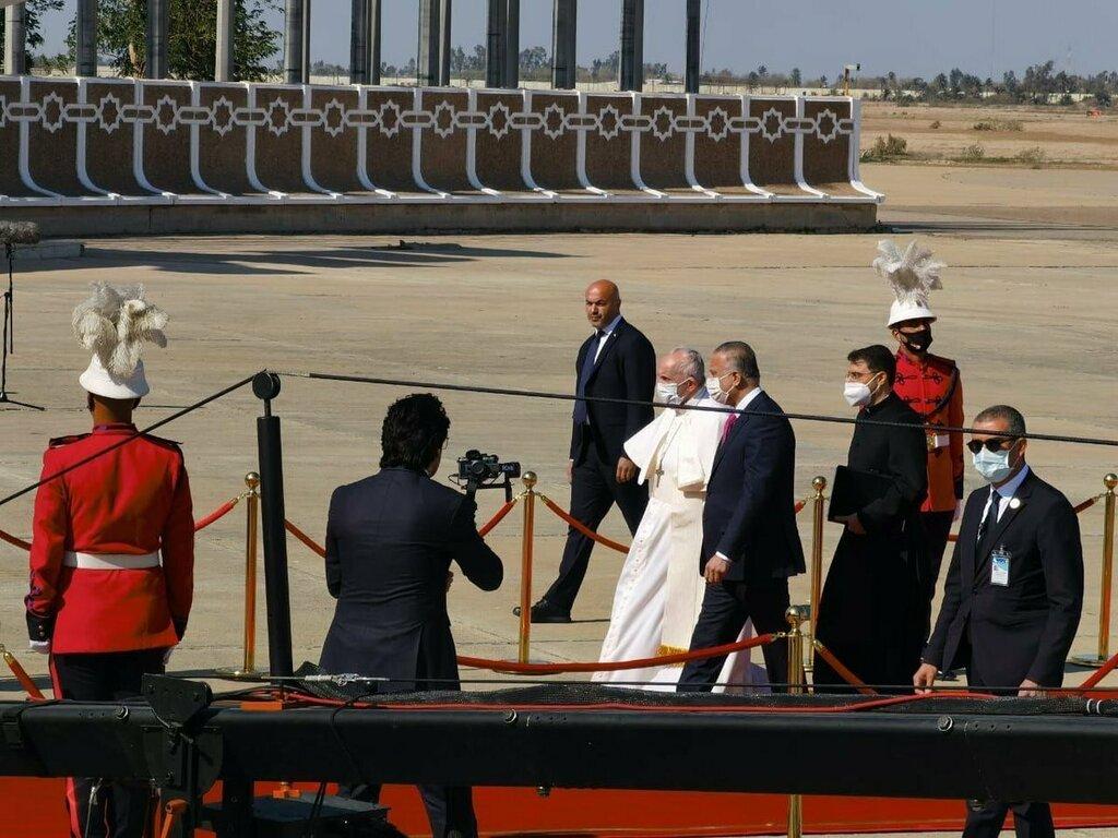 وصول البابا فرنسيس بابا الفاتيكان إلى بغداد في أول زيارة له