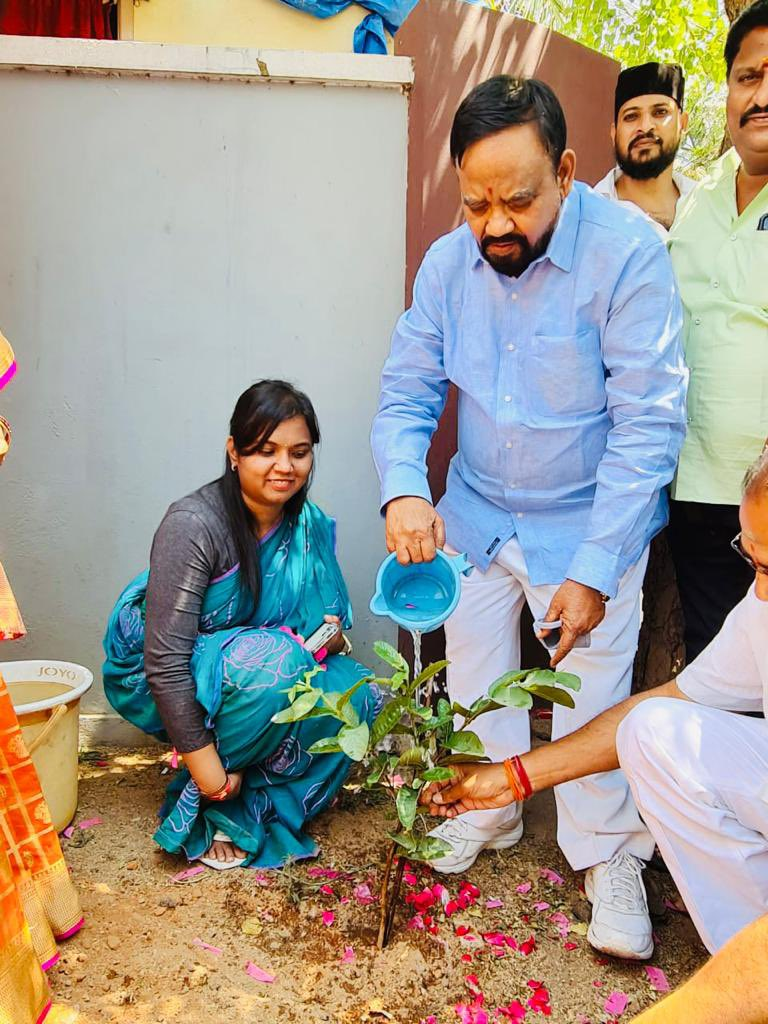 Planted a sapling on the occasion of my birthday as a part of #GreenIndiaChallenge at MLA Camp Office in Karkhana, Secunderabad Cantonment.  @MPsantoshtrs @KTRTRS @trspartyonline