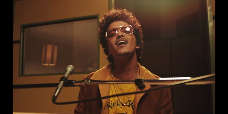 Added on the playlist!  #BrunoMars #SilkSonic #LeaveTheDoorOpen