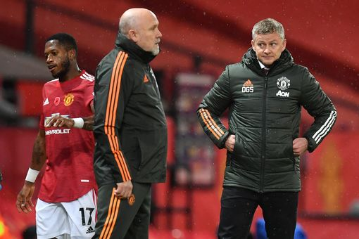 Fred explains what makes Solskjaer 'different' as a manager #mufc