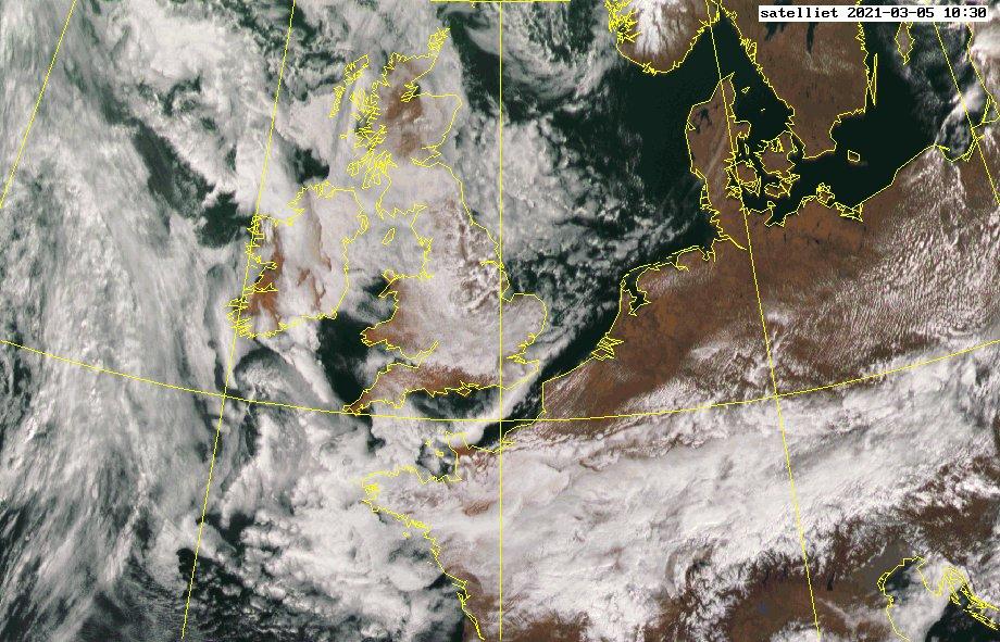 Het satellietbeeld van vandaag! #nederlandvanboven #wolken #zon #clouds #fromabove #sun #netherlands #photooftheday