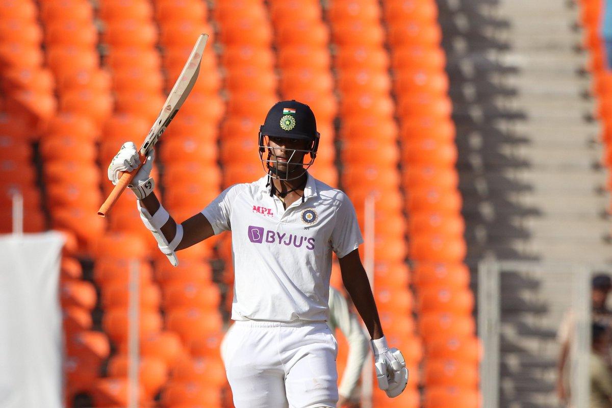 Wowshington! Sundar innings from you!! #WhistlePodu #Yellove 💛🦁 📸 - @BCCI @Sundarwashi5