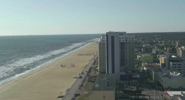 Good Friday morning! Here's a live look over the #VirginiaBeach Oceanfront. Check out the #FirstWarn3 Forecast from @wtkr3 here:  #vawx #hrweather #beach #surf #sand #waves