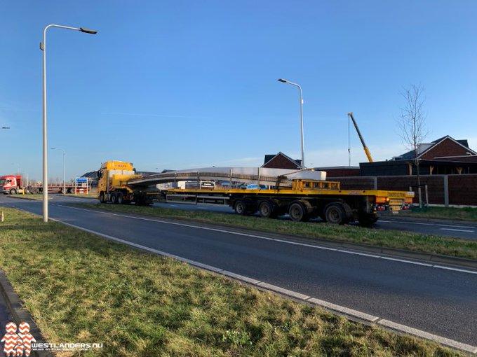 Bruggenbouw Dijckerwaal in volle gang https://t.co/MC2isoYUhK https://t.co/AkP6MQNagL