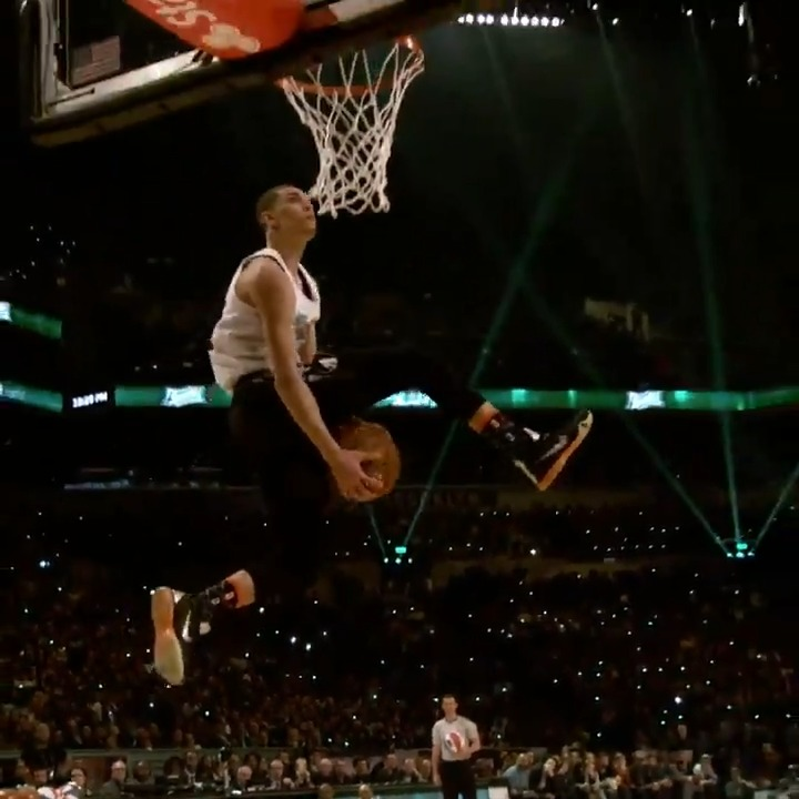 Look back at the top dunks from 2x #ATTSlamDunk Champion Zach LaVine! 💥😳  All of All-Star in One Night, Sunday on TNT!  🌟 5pm/et: TNT NBA Tip-Off presented by CarMax  🌟 6:30pm/et: #TacoBellSkills & #MtnDew3PT 🌟 8pm/et: 70th #NBAAllStar Game 🌟 Halftime: #ATTSlamDunk
