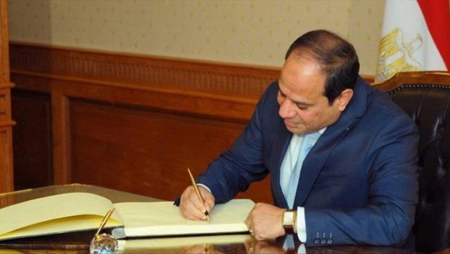 السيسي يصدر قرارا رفيعا بعد وفاة أبرز قادة الجيش المصري