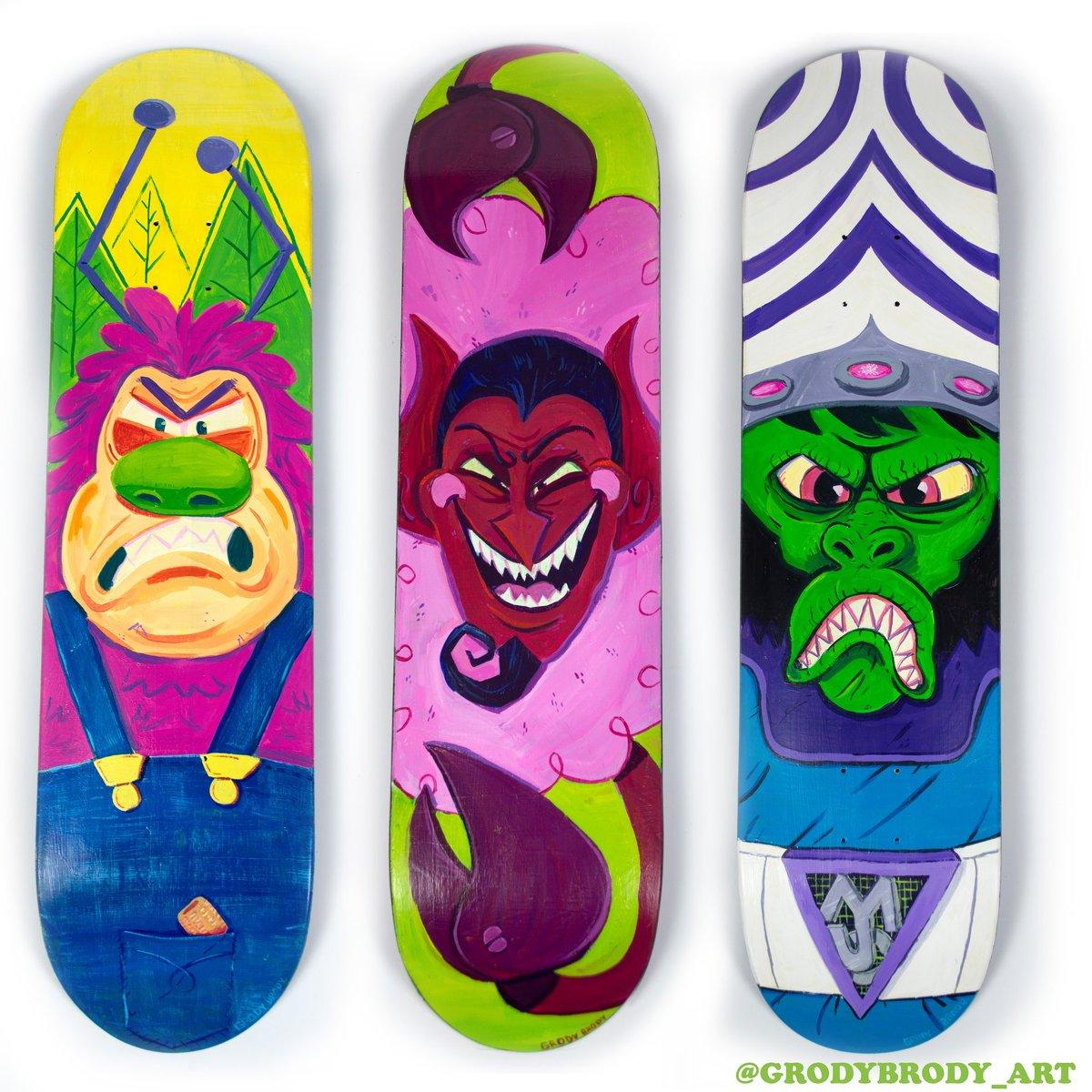 Finally finished my painting my #PowerpuffGirls skateboards!  #fridaymorning #customskate #ArtistOnTwitter #fanart #meme