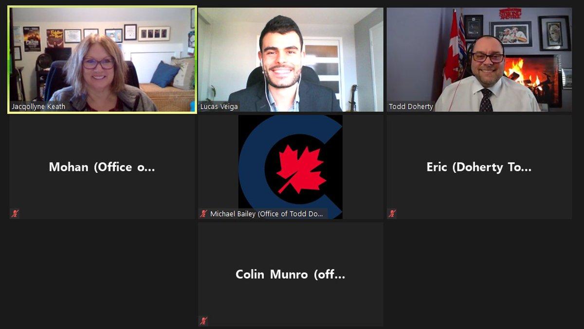 Merci au député @ToddDohertyMP d'avoir pris le temps de nous rencontrer et de discuter de la façon dont le Canada peut aborder les lacunes révélées par la #COVID19 afin de prodiguer de meilleurs soins aux #aînés. #SemaineLobbyingVirtuelleAIIC  https://t.co/7KbEeCw5vS https://t.co/OXOLfwCvWe