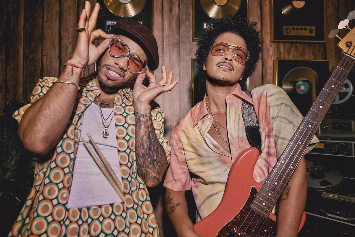 It's a superstar New Music Friday: @BrunoMars & @AndersonPaak's new single as #SilkSonic roars at iTunes
